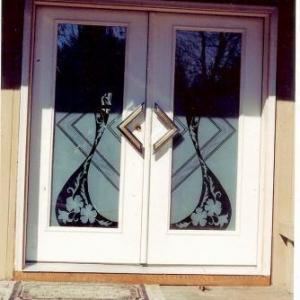 tn_1200_Carved_Front_Doors.jpg