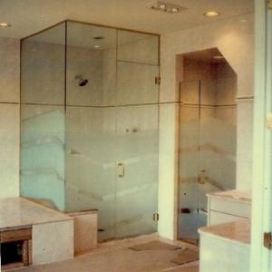 tn_1200_Shower_Doors.jpg